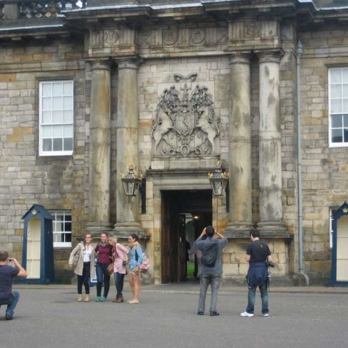 Edinburgh School of English (12).jpg